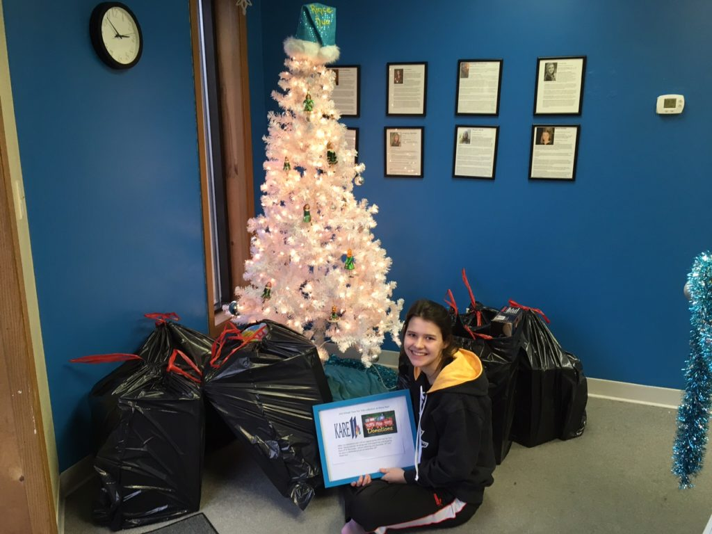 Irish Dancer organizes Toys for Tots collection at Rince Nua